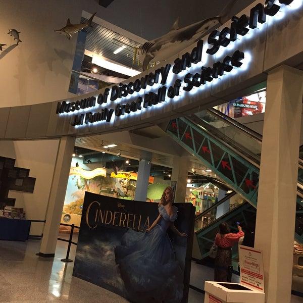 Photo prise au Autonation IMAX 3D Theater par Alex F. le3/15/2015