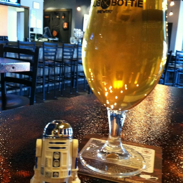 1/22/2013에 Daryle D.님이 Black Bottle Brewery에서 찍은 사진