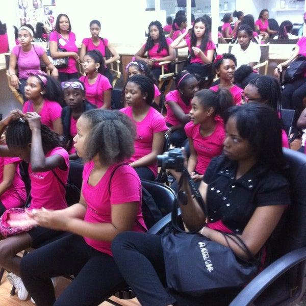 Gwynnis Mosby Makeup Academy School