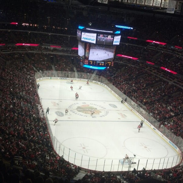 Foto tomada en United Center  por Matt W. el 11/4/2013