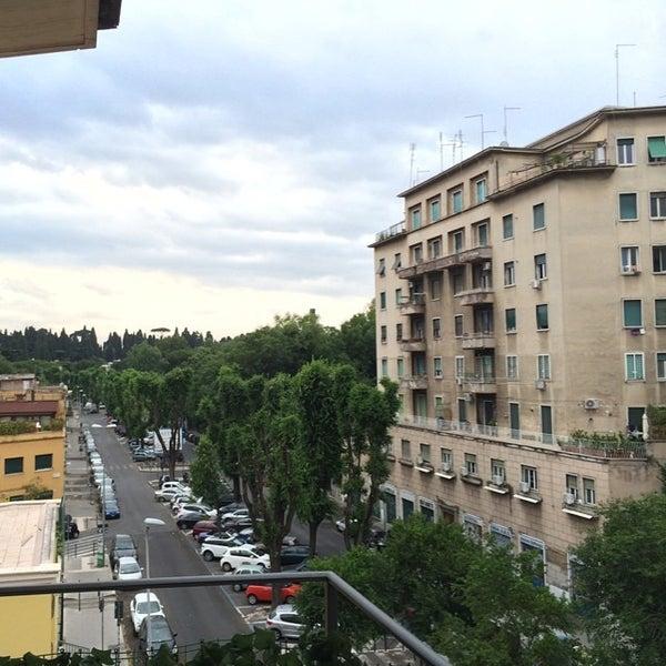 Foto tirada no(a) Hotel delle Province por Alexey T. em 6/15/2014