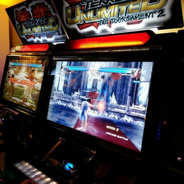 6/29/2013 tarihinde evren i.ziyaretçi tarafından Fantasyland Oyun Merkezi & Coffee'de çekilen fotoğraf