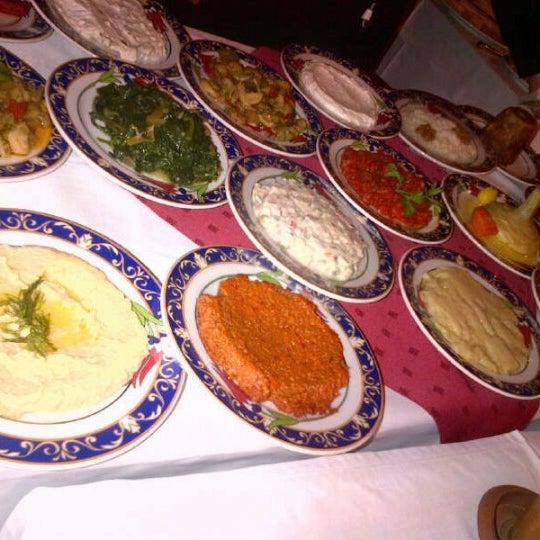 3/12/2013에 Ece A.님이 Ramazan Bingöl Et Lokantası에서 찍은 사진