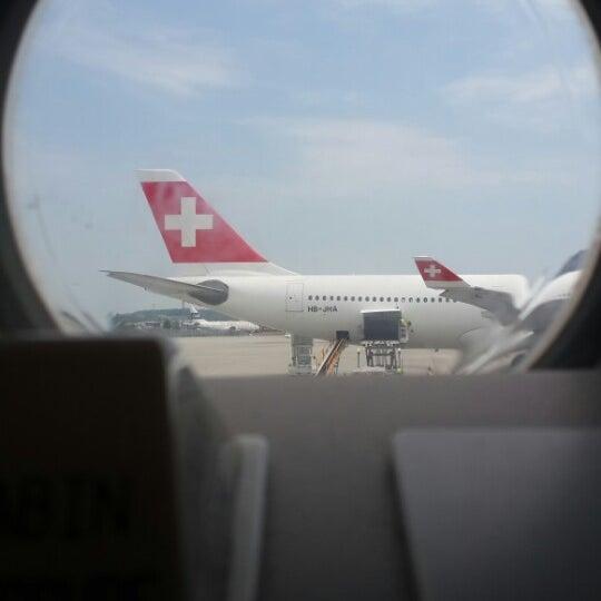 Photo prise au Aéroport de Genève Cointrin (GVA) par A. B. le7/17/2013