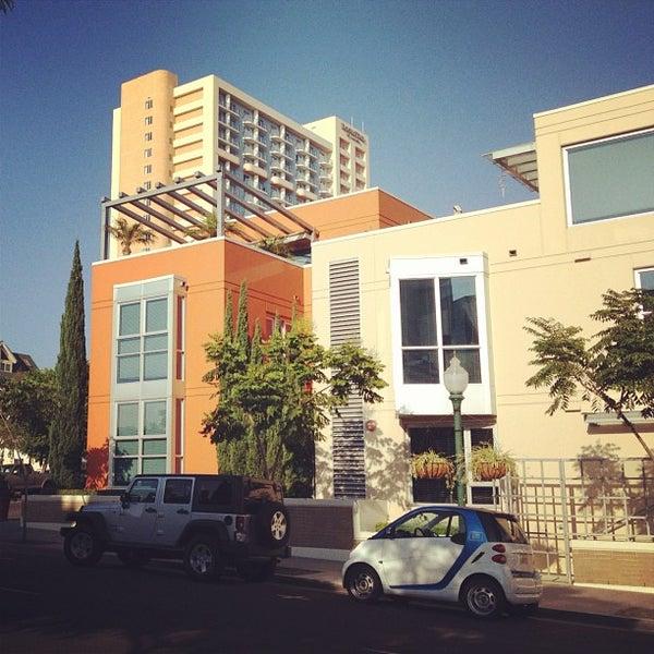 9/14/2012 tarihinde Aaron F.ziyaretçi tarafından Pappalecco'de çekilen fotoğraf