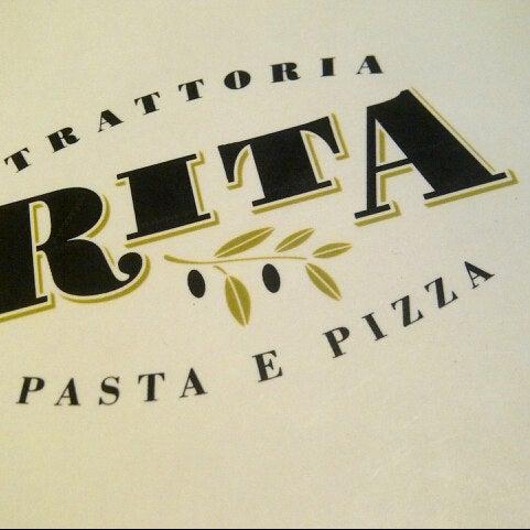 รูปภาพถ่ายที่ Trattoria Rita โดย OutLiner เมื่อ 7/14/2013