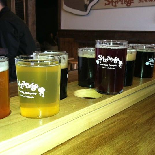 Das Foto wurde bei Strange Craft Beer Company von Alison R. am 10/12/2012 aufgenommen