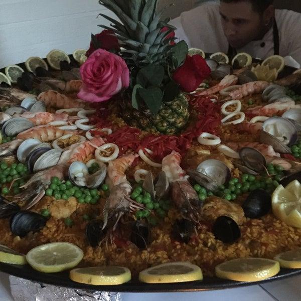 9/14/2016 tarihinde Rose K.ziyaretçi tarafından Tio Pepe Restaurant'de çekilen fotoğraf