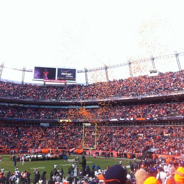 Foto diambil di Broncos Stadium at Mile High oleh David K. pada 1/13/2013