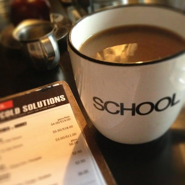 2/22/2013 tarihinde Sarah J.ziyaretçi tarafından SCHOOL Restaurant'de çekilen fotoğraf