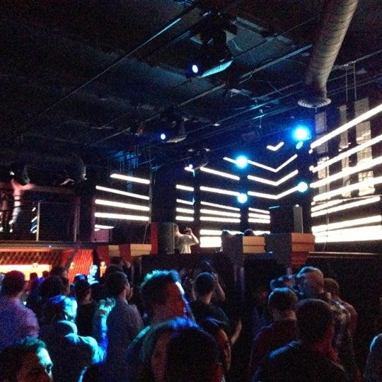 Das Foto wurde bei Foundation Nightclub von Spenser H. am 11/24/2012 aufgenommen