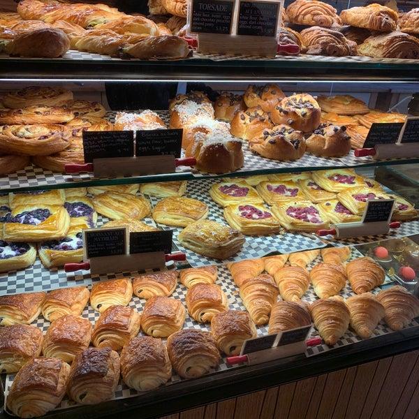 Boulangerie Patisserie - Bakery
