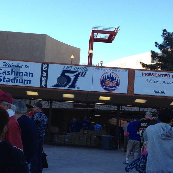Photo prise au Cashman Field par Eileen B. le4/20/2013