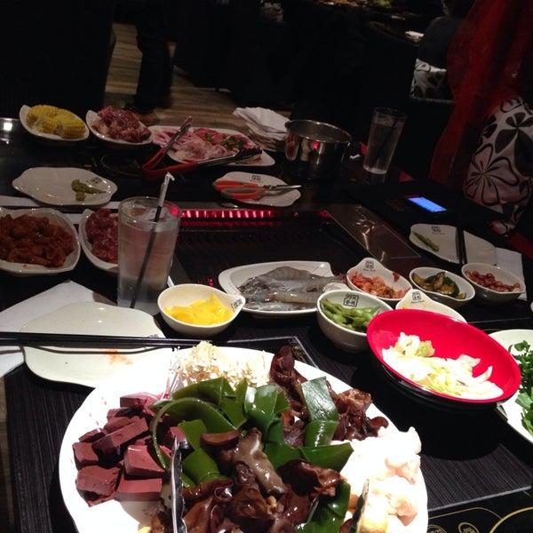 Foto diambil di 99 Favor Taste 99號餐廳 oleh Jeannie L. pada 3/1/2014