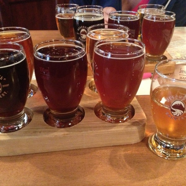 Снимок сделан в Deschutes Brewery Bend Public House пользователем Steve F. 3/24/2013