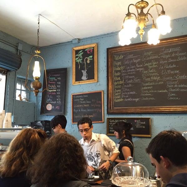 Foto scattata a Café Avellaneda da Juan Carlos C. il 1/25/2015