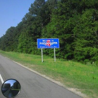 Photos at Mississippi / Alabama State Line - I-20/I-59