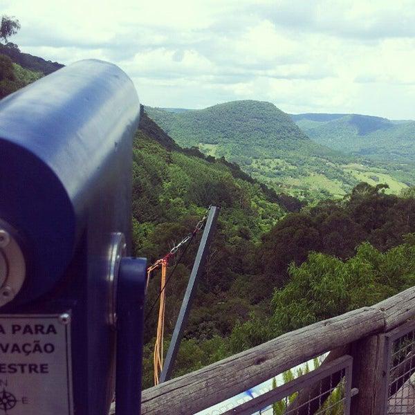 รูปภาพถ่ายที่ Alpen Park โดย Beatriz B. เมื่อ 12/31/2012