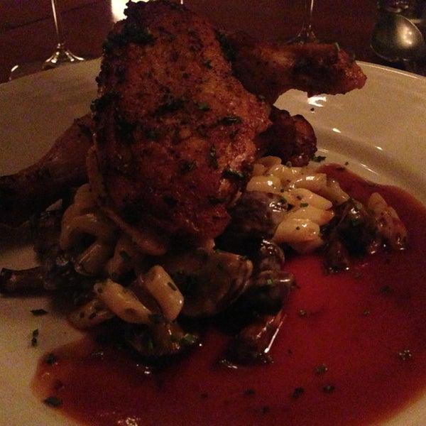 Foto scattata a Stonehome Wine Bar & Restaurant da Ron Z. il 4/11/2013