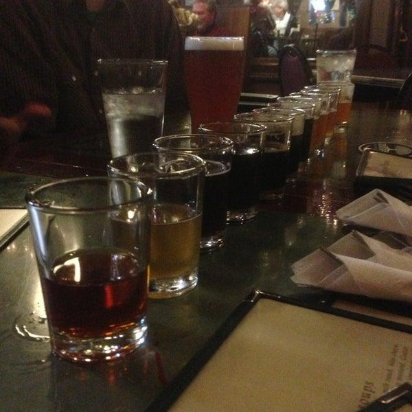Foto tomada en Arbor Brewing Company por Mark D. el 12/21/2012