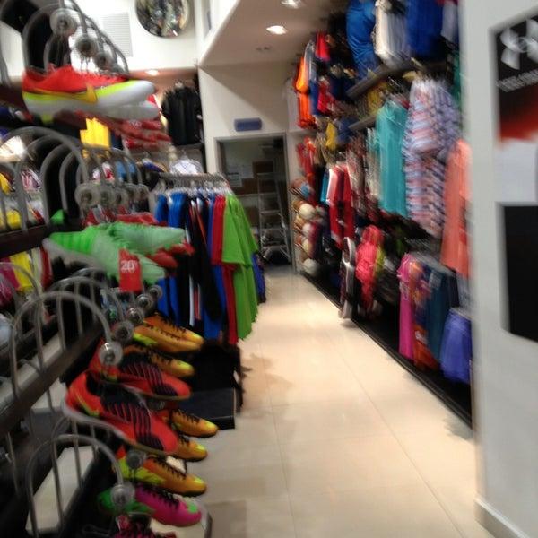 Sn 5ta EsqCalle Nike Avenida 4 FJcl13TK