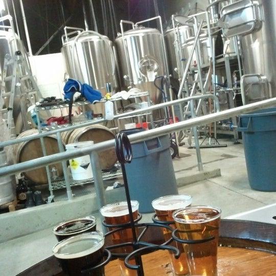 1/14/2013にRuzz T.がBelching Beaver Breweryで撮った写真