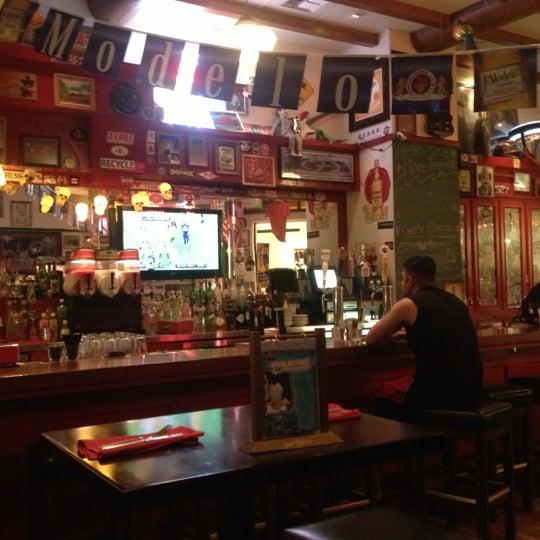 9/25/2012에 sunni u.님이 Hussong's Cantina Las Vegas에서 찍은 사진