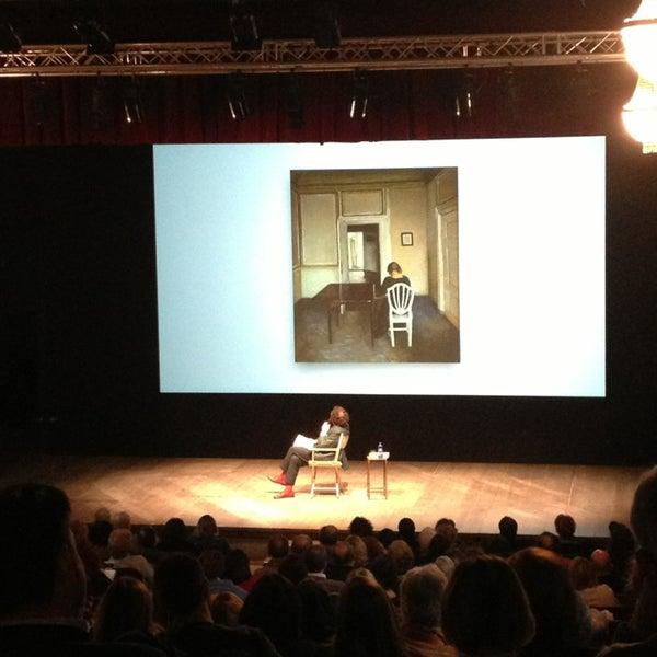 Снимок сделан в Teatro Franco Parenti пользователем Joy L. 2/18/2013