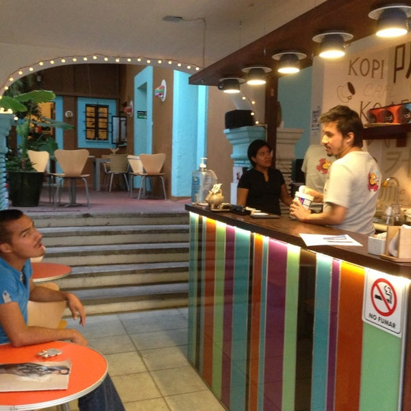 Foto tomada en Café Jaguar Yuú por Luis Felipe S. el 2/6/2013