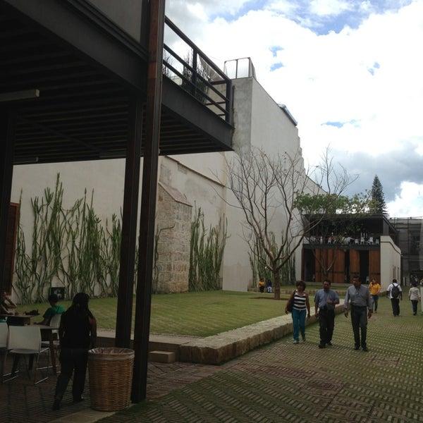 Photo prise au Centro Cultural San Pablo par Luis Felipe S. le7/8/2013