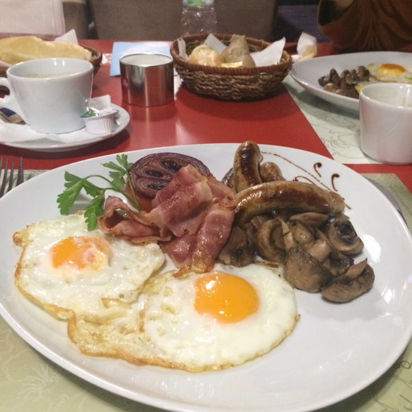 Try their take on an English breakfast. Complete minus the beans, and arrives piping hot, which is decidedly un-Bulgarian where food is concerned.