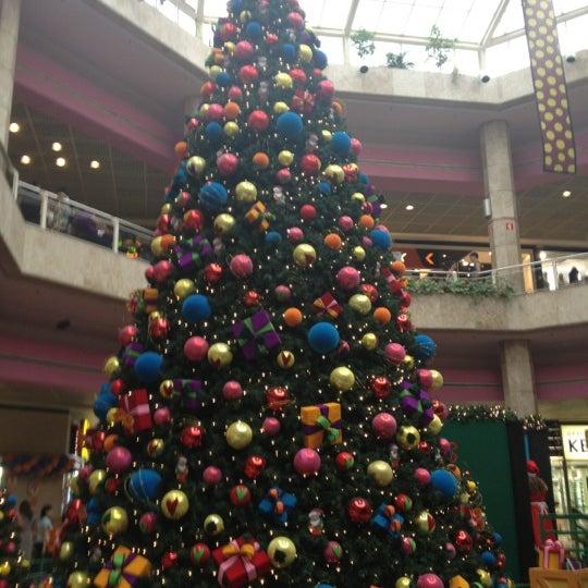 11/24/2012 tarihinde elisabete m.ziyaretçi tarafından Shopping Center Penha'de çekilen fotoğraf
