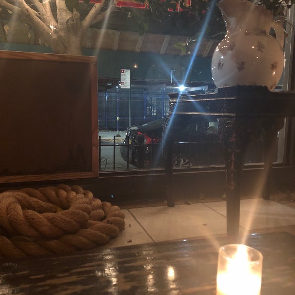 Foto scattata a Pinkerton Wine Bar da Kristina K. il 11/17/2017