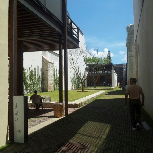 Photo prise au Centro Cultural San Pablo par José M. le7/1/2013