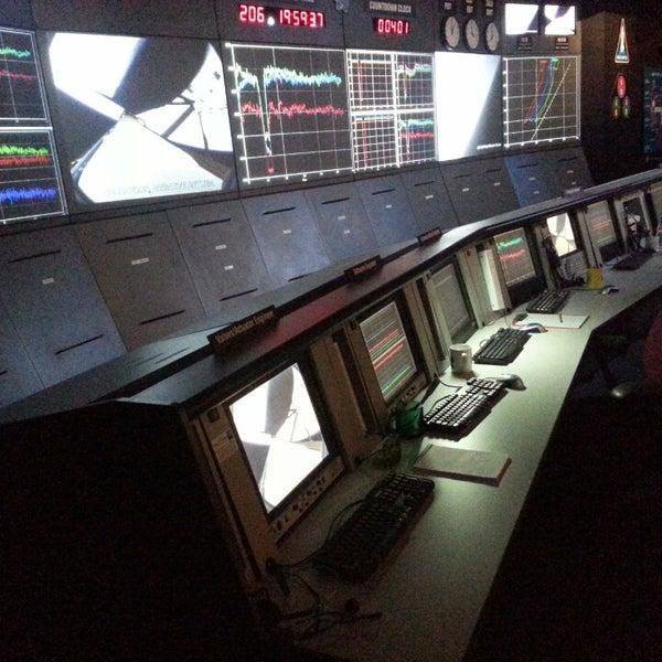รูปภาพถ่ายที่ California Science Center โดย HOPE เมื่อ 7/25/2013