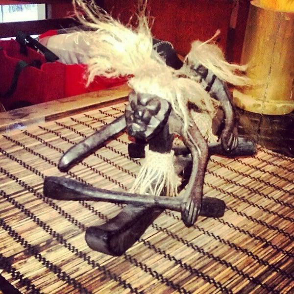 Снимок сделан в Кофейня «Кардамон» и лавка «Коллекция Пустяков» пользователем Dondik V. 12/15/2012