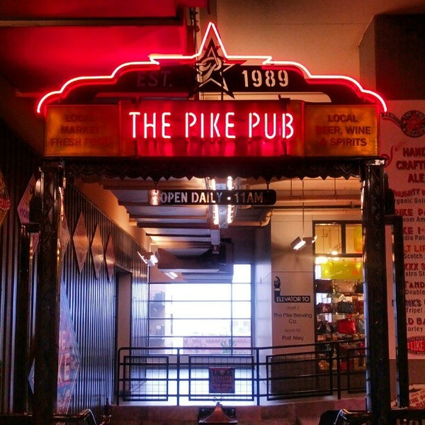 Photo prise au Pike Brewing Company par Sukh D. le1/30/2013