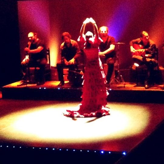 Снимок сделан в Palacio del Flamenco пользователем Burcak G. 10/28/2012
