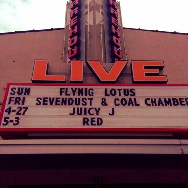 รูปภาพถ่ายที่ Warehouse Live โดย Elias เมื่อ 4/21/2013