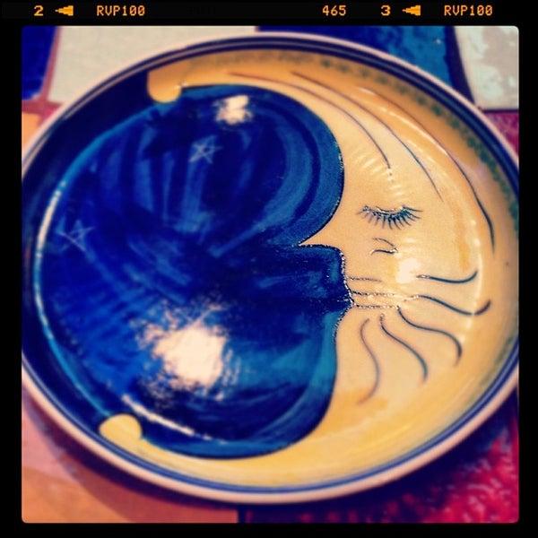 12/9/2012 tarihinde Saja K.ziyaretçi tarafından Caffe Aroma Ksa'de çekilen fotoğraf