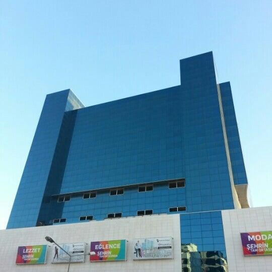12/26/2012 tarihinde Gökhan K.ziyaretçi tarafından MarkAntalya'de çekilen fotoğraf