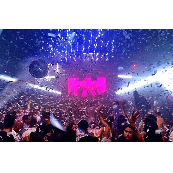 Photo prise au Spazio Nightclub par DjFolly O. le5/26/2014