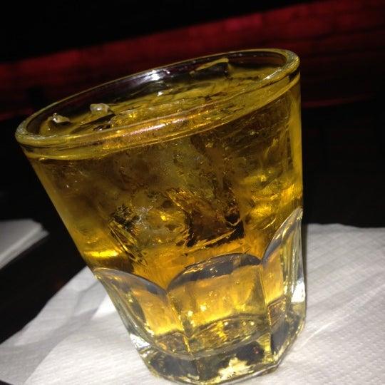 Foto scattata a The Pizza Pub da NoniShaney @missversatile il 11/15/2012