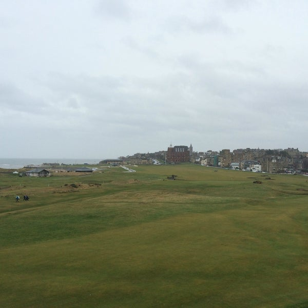Foto tirada no(a) Old Course Hotel Golf Resort & Spa por Douglas M. em 3/26/2016