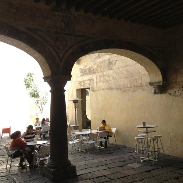 2/4/2013에 José Luis E.님이 Profética - Casa de la Lectura에서 찍은 사진
