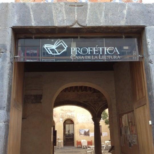 10/19/2012에 José Luis E.님이 Profética - Casa de la Lectura에서 찍은 사진