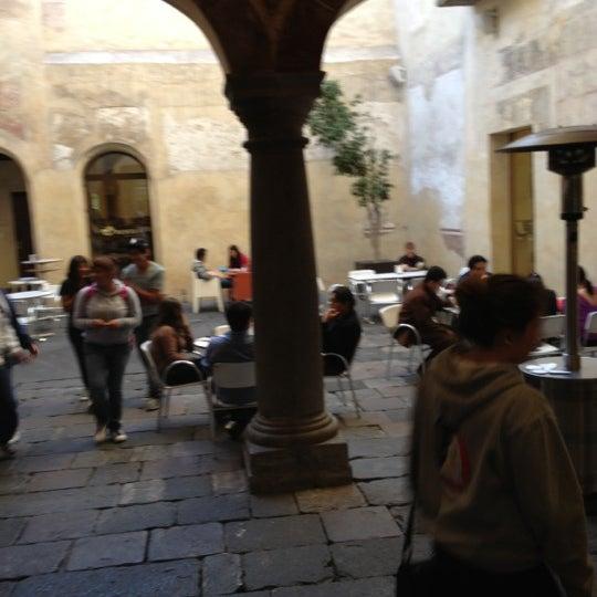 11/19/2012에 José Luis E.님이 Profética - Casa de la Lectura에서 찍은 사진