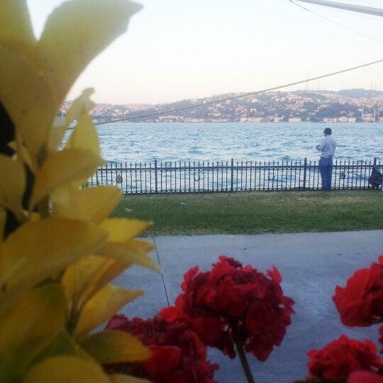 Photo taken at Park Fora by Nida K. on 11/18/2012