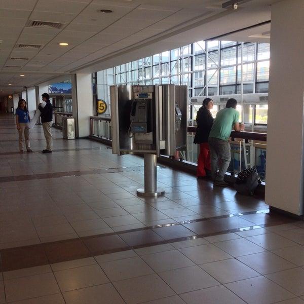 Photo prise au Aeropuerto Internacional Comodoro Arturo Merino Benítez (SCL) par J.I. V. le10/10/2013