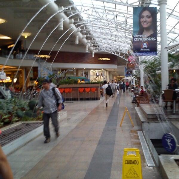 Foto scattata a Shopping Estação da Fernanda B. il 4/16/2013